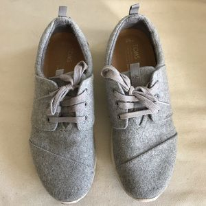 Toms felted grey sneakers